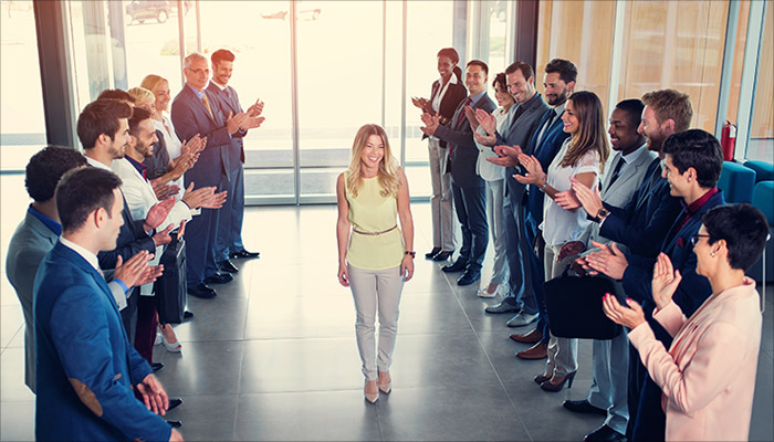 How to Recognize Extraordinary Achievements From Your Employees?